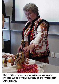 Betty Christenson demonstrates her craft. Photo: Anne Pryor, courtesy of the Wisconsin Arts Board